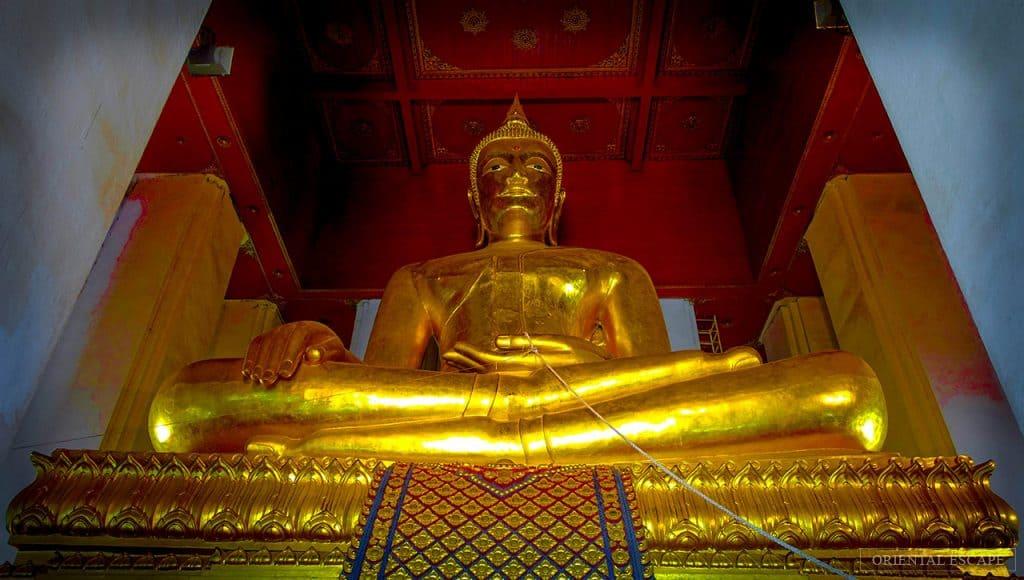 「Vihara Phra Mongkhon Bophit」的圖片搜尋結果